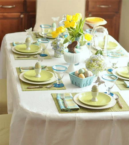 blue-green-easter-table-cg-min